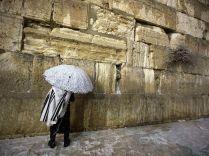Jerusalem western wall orando